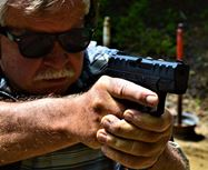 Picture of Review: Beretta APX Carry 9mm